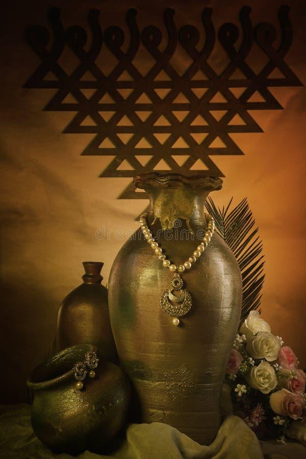 antika smycken royaltyfria foton
