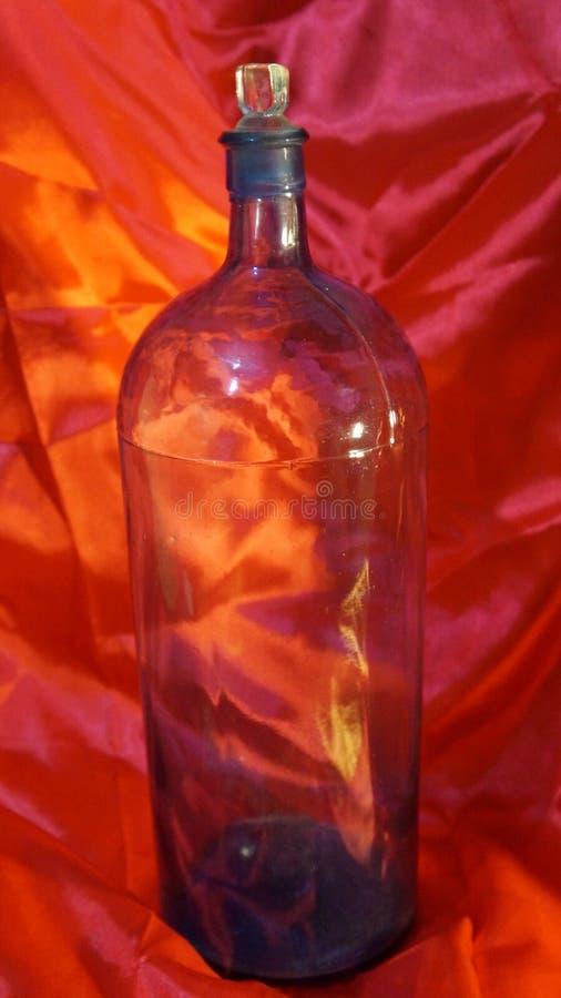 Antike Apothekerflasche stockbild