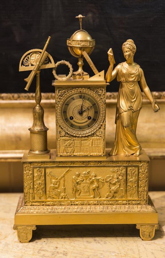 Antike Borduhr stockfoto