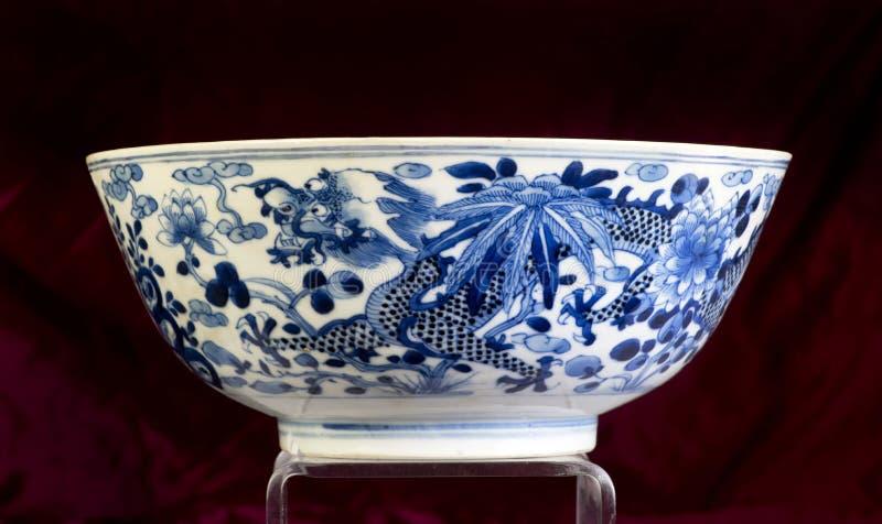 Antike chinesische blaue und weiße Schüssel lizenzfreie stockfotografie