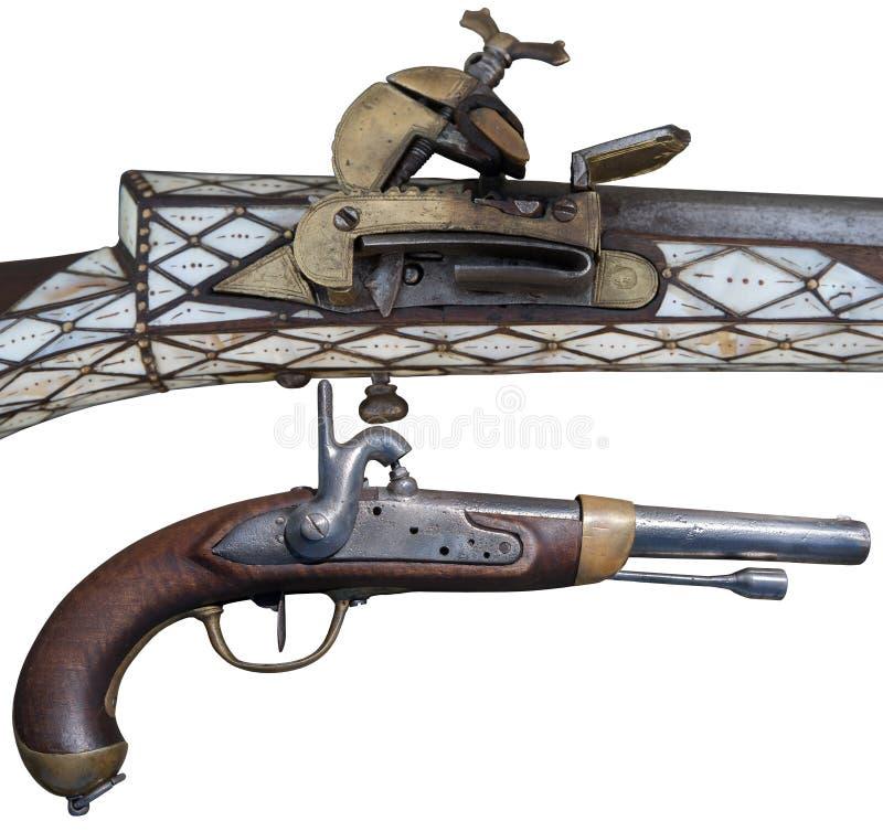 Antike Flintlockgewehr- und -stoßpistolen Entwicklung von Feuerwaffen stockbilder