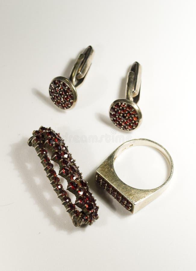 Antike Granate jewellry lizenzfreies stockbild
