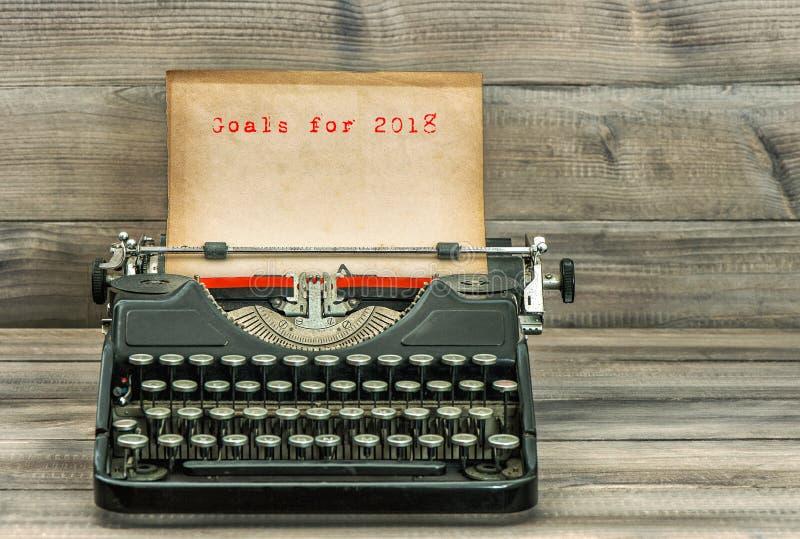 Antike Schreibmaschinenpapier Ziele für Geschäftskonzept 2018 lizenzfreies stockbild