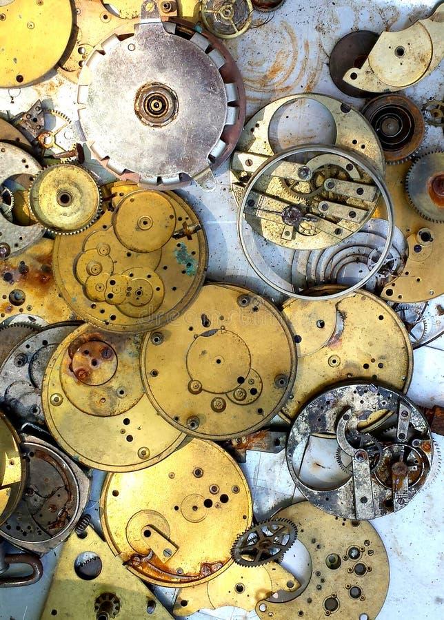 Antike Uhrteile und -gänge stockfoto