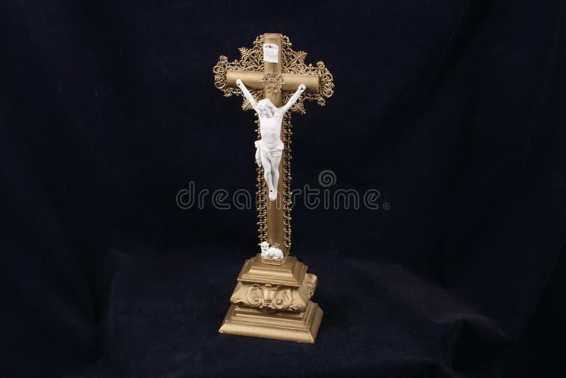 Antiker Jesus auf dem Kreuz lizenzfreie stockfotografie