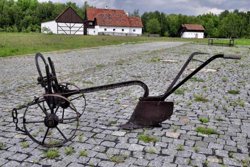 Antiker Landwirtschaftspflug lizenzfreie stockfotografie