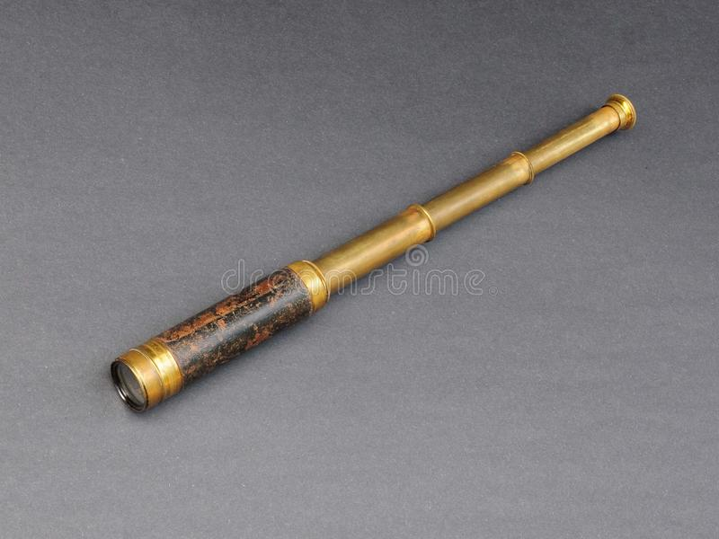Antikes Teleskop lizenzfreie stockfotografie