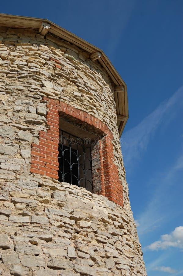 antikt fästningtorn royaltyfri foto