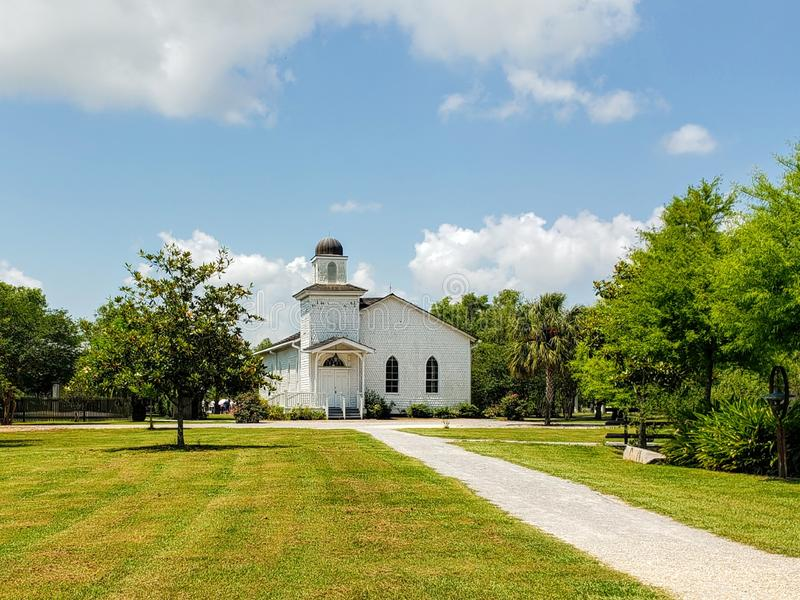 Antioch Baptist Church em Whitney Plantation, St John Baptist Parish em Louisiana fotografia de stock
