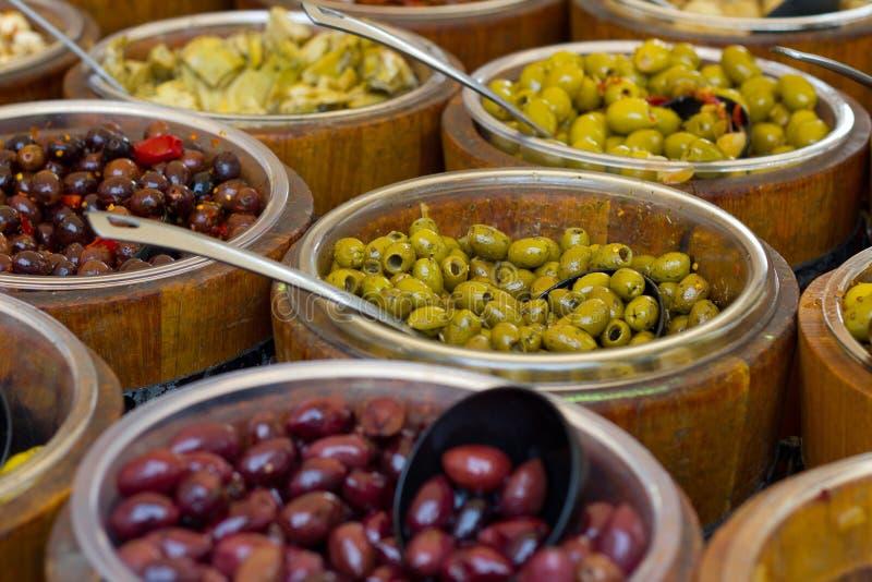 Antipasti der Oliven lizenzfreie stockfotos