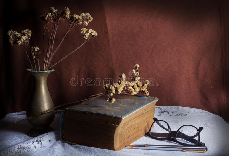 Download Antique Book On Table. Royalty Free Stock Photo - Image: 36609035