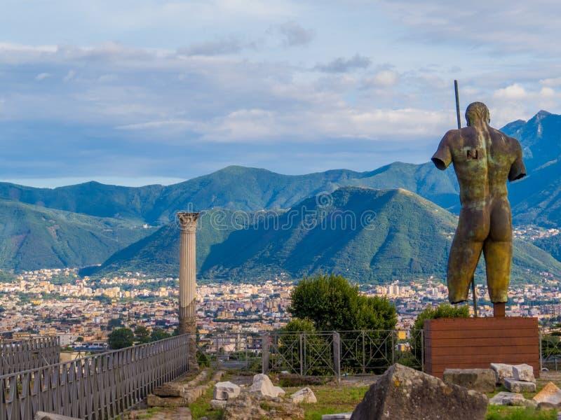 Antique et moderne à Pompeii images stock