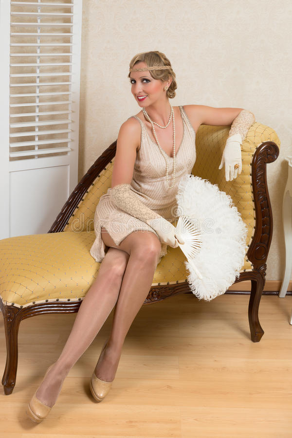 Download Antique Fan And Vintage Lady Stock Images - Image: 26251654
