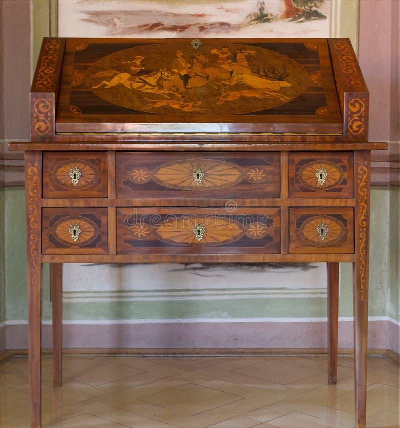 13,13 Antique Furniture Photos - Free & Royalty-Free Stock Photos
