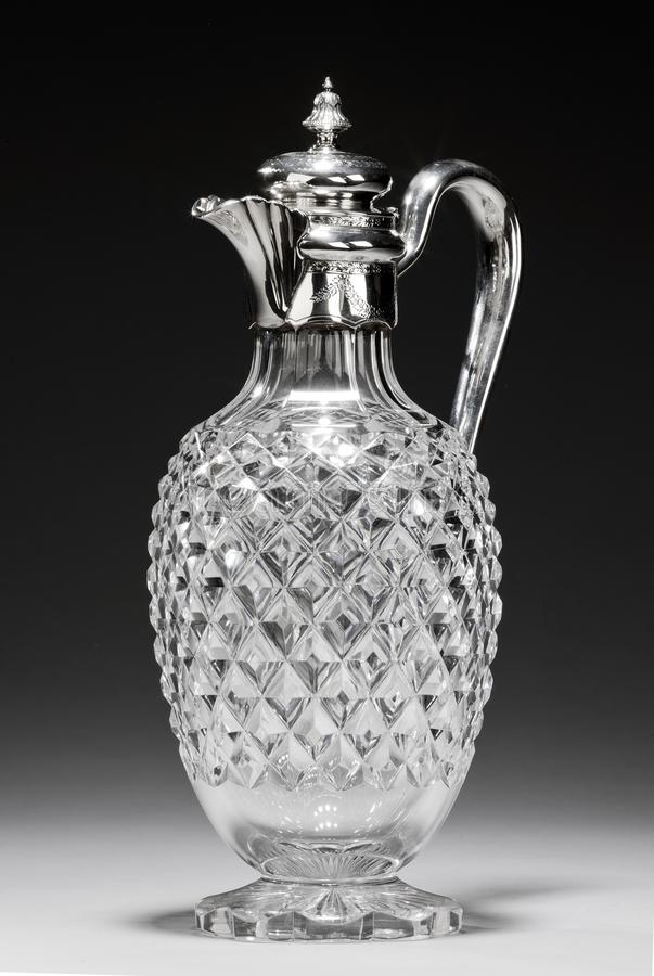 Free Antique Glass Decanter Or Carafe With Ornate Silver Lid Royalty Free Stock Photos - 160357428