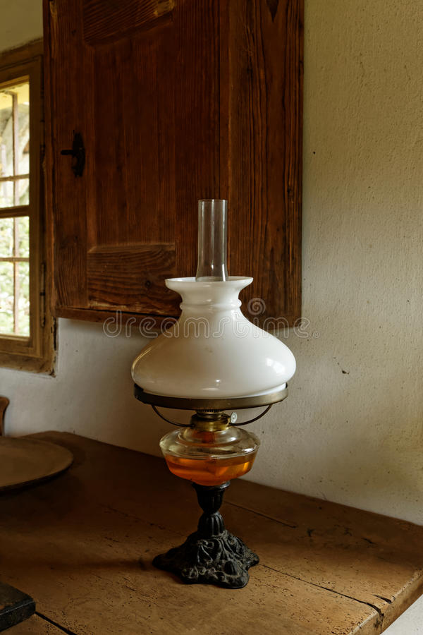 Free Antique Oil Lamp In Old Farmhouse Royalty Free Stock Photography - 43631387