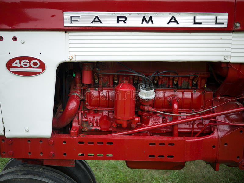 Download Antique Tractors editorial photography. Image of event - 20796327