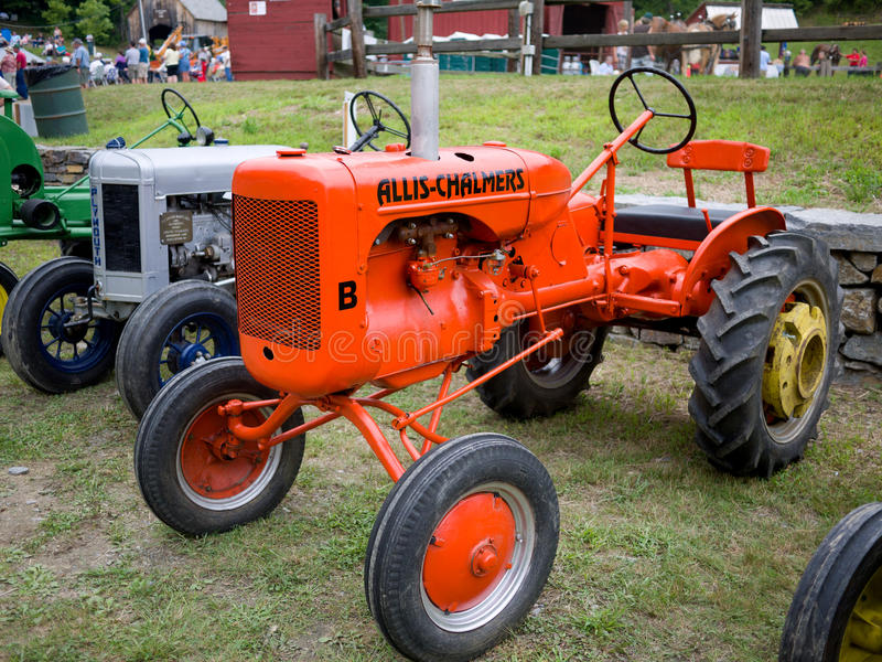 Download Antique Tractors editorial photo. Image of farmall, farmer - 20796506