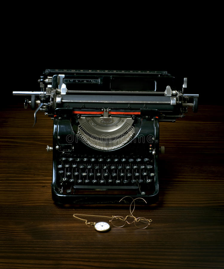 Free Antique Typing Machine With Glasses And Watches Royalty Free Stock Image - 14481256