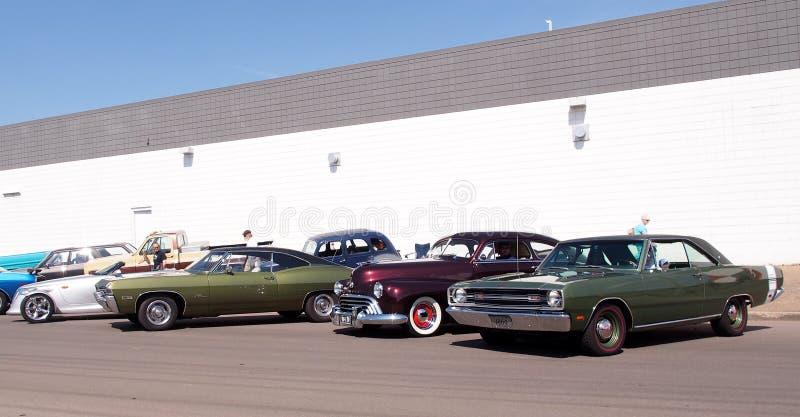 Antiquiteit Herstelde Auto's stock fotografie