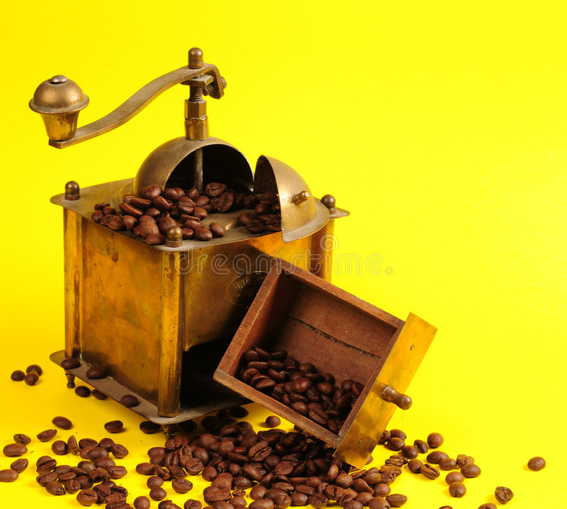 Download Antiquity Coffee Machine Royalty Free Stock Photography - Image: 5301077
