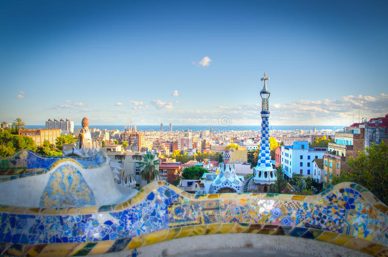 Antoni Gaudi parkerar royaltyfria bilder