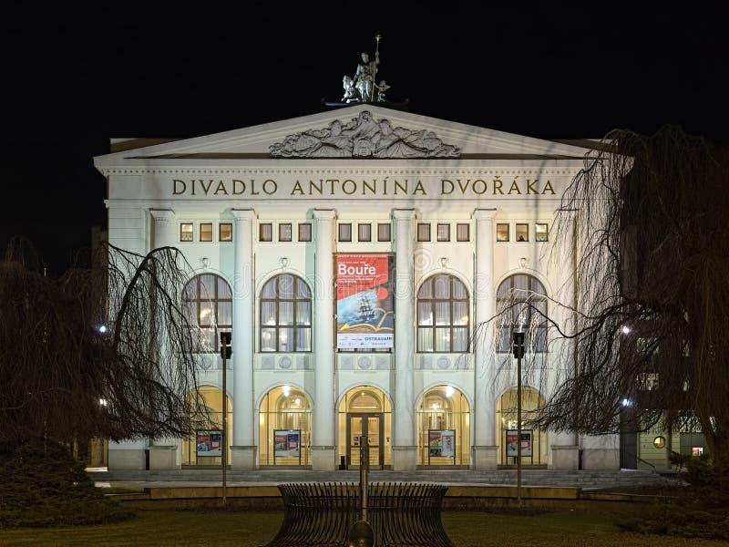 Antonin Dvorak teatr w Ostrava w nocy, republika czech fotografia royalty free