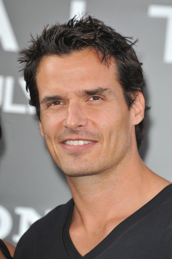 Download Antonio Sabato Jr., Antonio Sabato, Jr. Redaktionelles Stockbild - Bild von d0, paul: 26360219