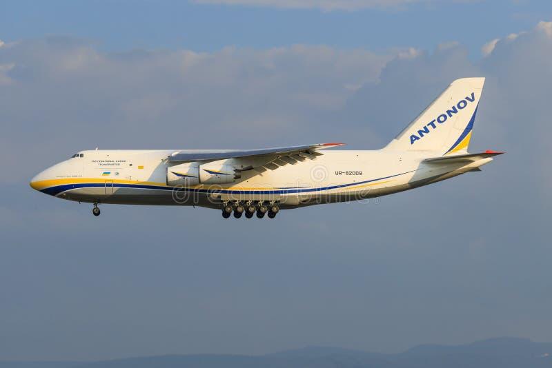 Antonov 124 imagem de stock royalty free