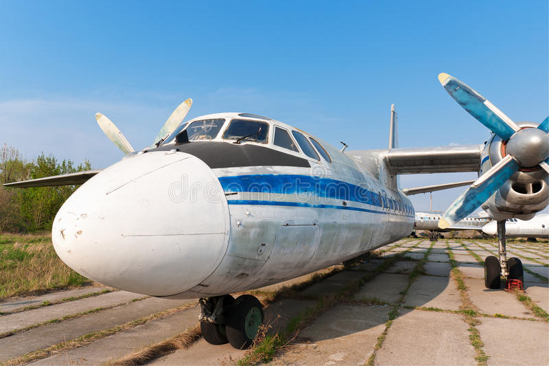 Download Antonov An-24 plane stock photo. Image of closeup, landing - 22653298