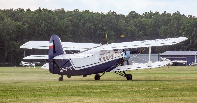 Antonov An-2 tłokowy samolot na Goraszka pokazie lotniczym w Polska fotografia stock