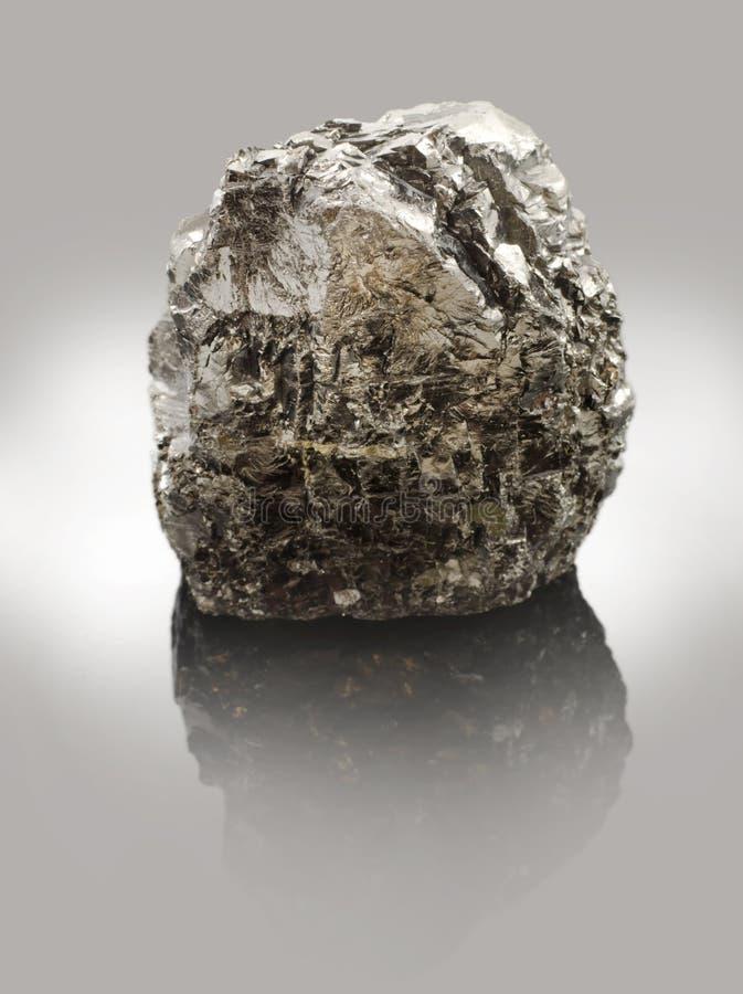 Antraciet - de hoogste vorm van steenkool - stevige fossiele brandstoffen stock foto's