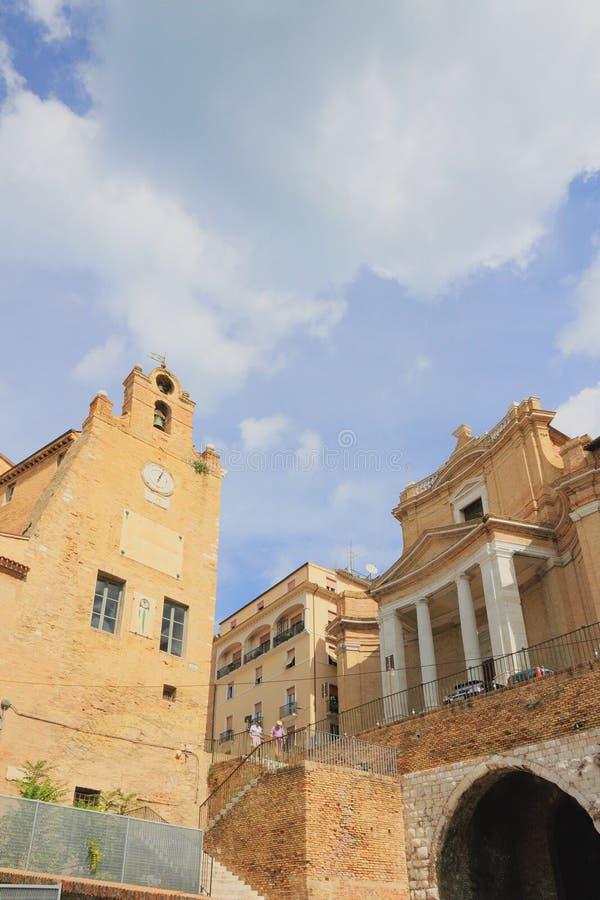 Antsiani和基督的教会宫殿钟楼  安科纳,意大利 免版税库存照片