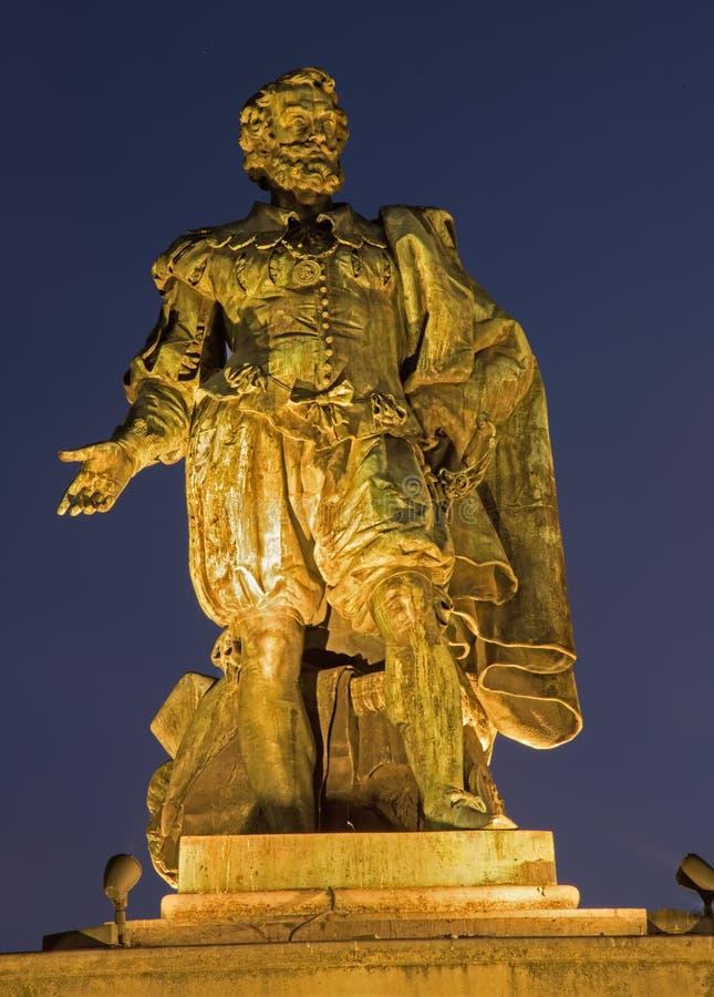 Antuérpia - estátua do pintor P.P. Rubens por Willem Geefs (1805-1883) imagens de stock