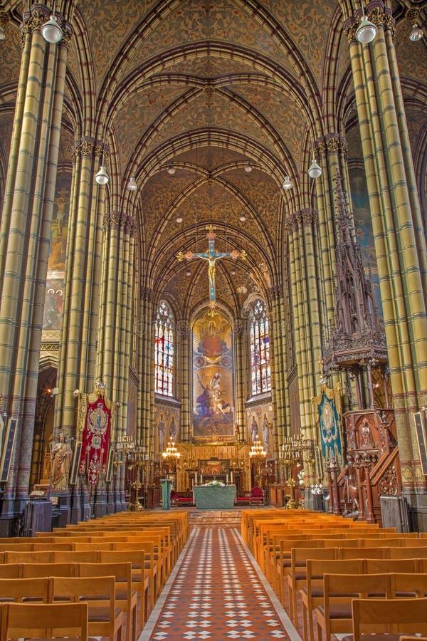 Antwerp - skepp av Joriskerk eller St George kyrka från. cent 19. royaltyfri bild