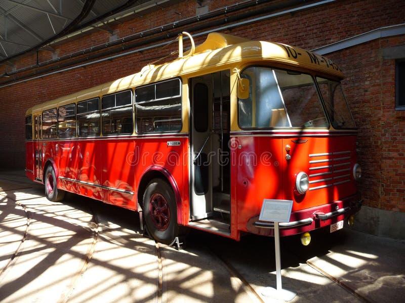 ANTWERPEN, BELGIË - JUNI 29, 2019: Wordt de laatste die de gyroscoopbus van de wereld door Oerlikon wordt gebouwd gezet op verton stock fotografie