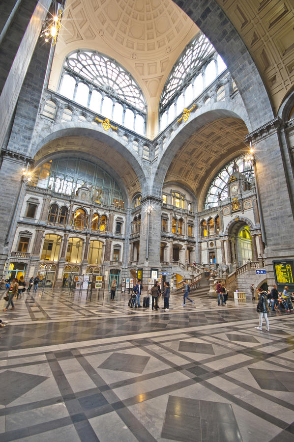 Download Antwerpen Railway Station editorial photo. Image of marble - 42185311