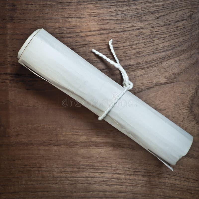 Antyczna ślimacznica na drewno stole fotografia stock