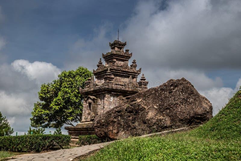 Antyczna świątynia na środkowym Jawa, Indonezja obraz stock