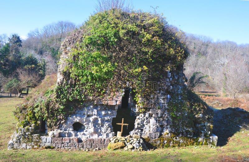 Antyczna świątynia w Musser Abkhazia obraz stock
