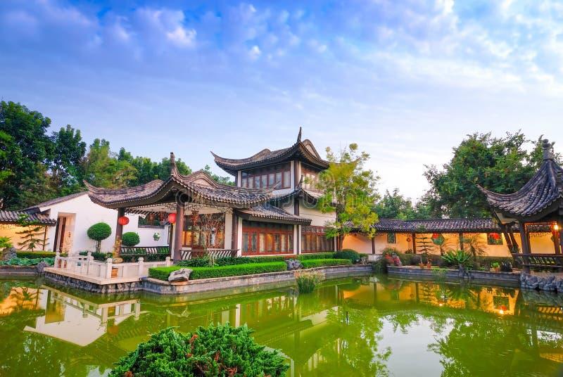 Antyczna architektura Buddyjskie świątynie w Tajlandia zdjęcie royalty free