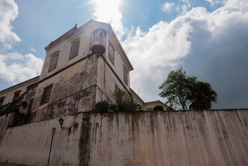 Antyczna i dziejowa fortyfikacja w kolonialnej architekturze przy Ouro Preto, Brazylia fotografia royalty free