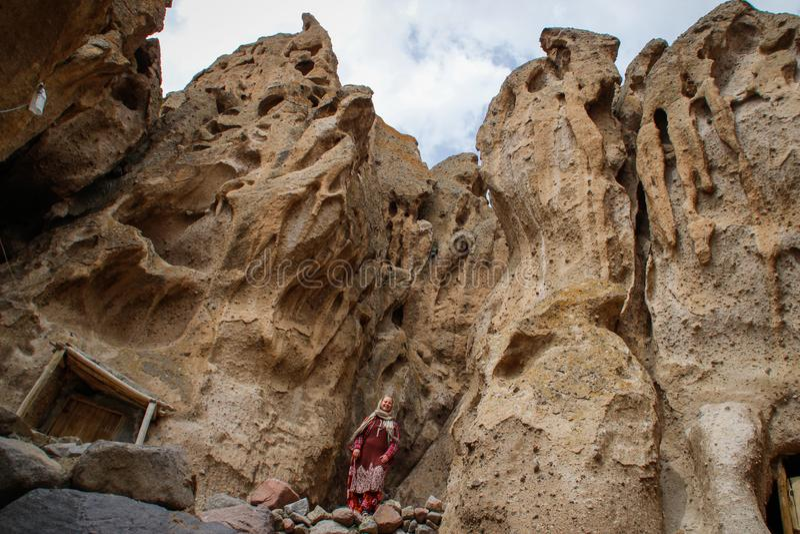 Antyczna Irańska jamy wioska w skałach Kandovan Spadek Persia zdjęcie royalty free