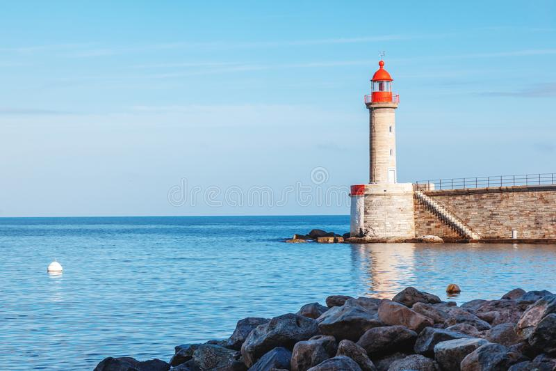Antyczna latarnia morska w Bastia, Corsica, Francja Piękny morza lan fotografia royalty free