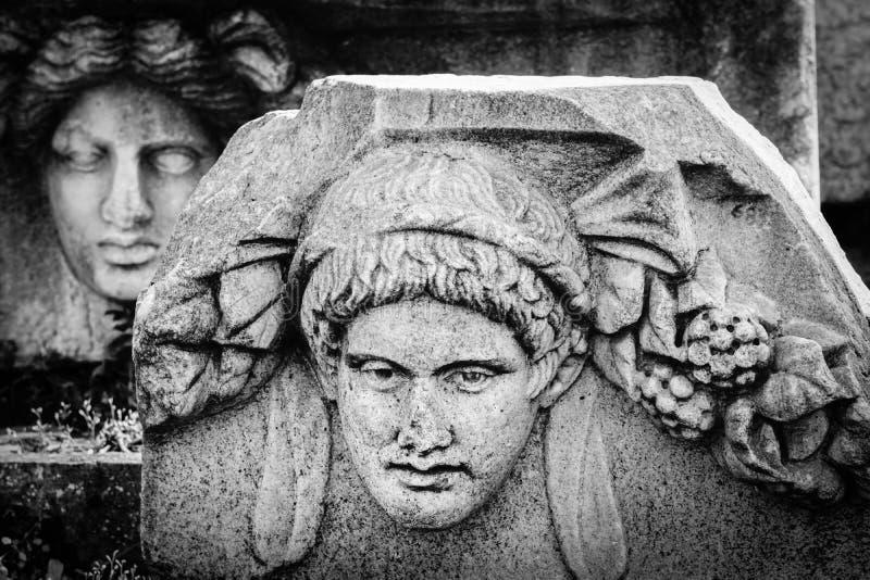 Antyczna maskowa ulga Aphrodisias Afrodisias Antyczny miasto w Caria, Karacasu, Aydin, Turcja zdjęcia stock