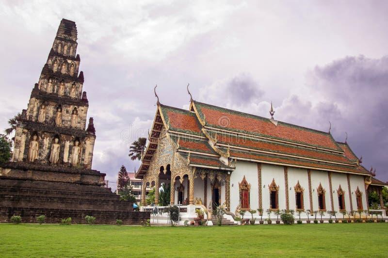Antyczna pagoda przy Cham Thewi Wat Świątynnym Cham Thewi obraz royalty free