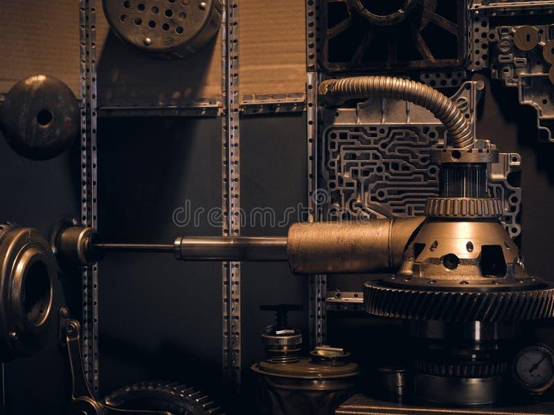 Antyczna rocznik ściana z mechanizmami w steampunk stylu obraz royalty free