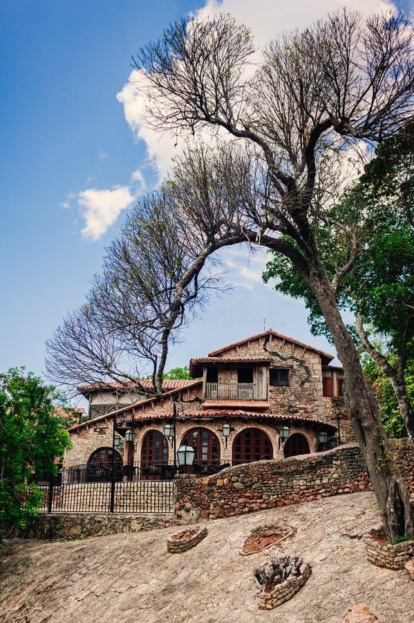 Antyczna wioska Alt De Chavon - Kolonialny miasteczko zdjęcie royalty free