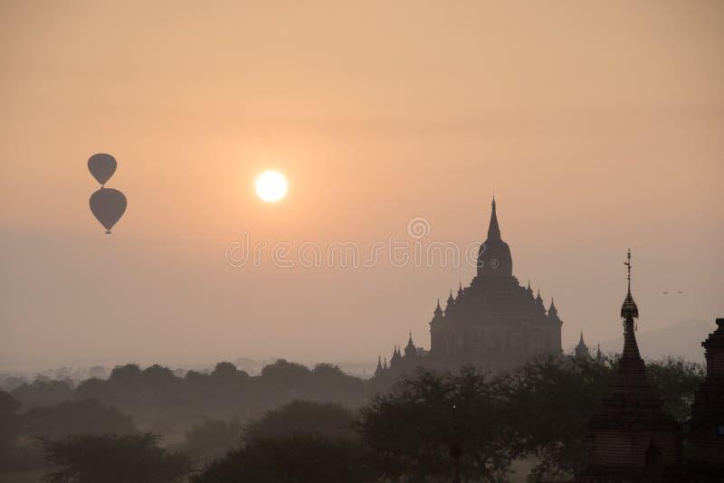 Antyczne świątynie w Bagan, Myanmar obrazy royalty free
