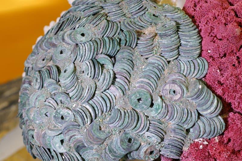 Antyczne chińskie miedziane monety obrazy stock
